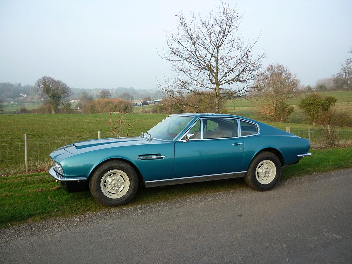 Aston-Martin-DBS-V8-3
